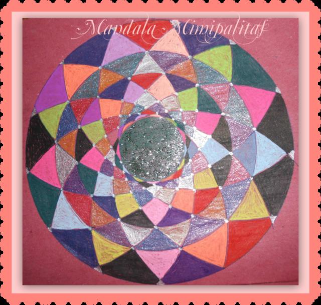 Blog de mimipalitaf : mimimickeydumont : mes mandalas au compas, , j'aime bien cet air-là qu'on a beaucoup chanté