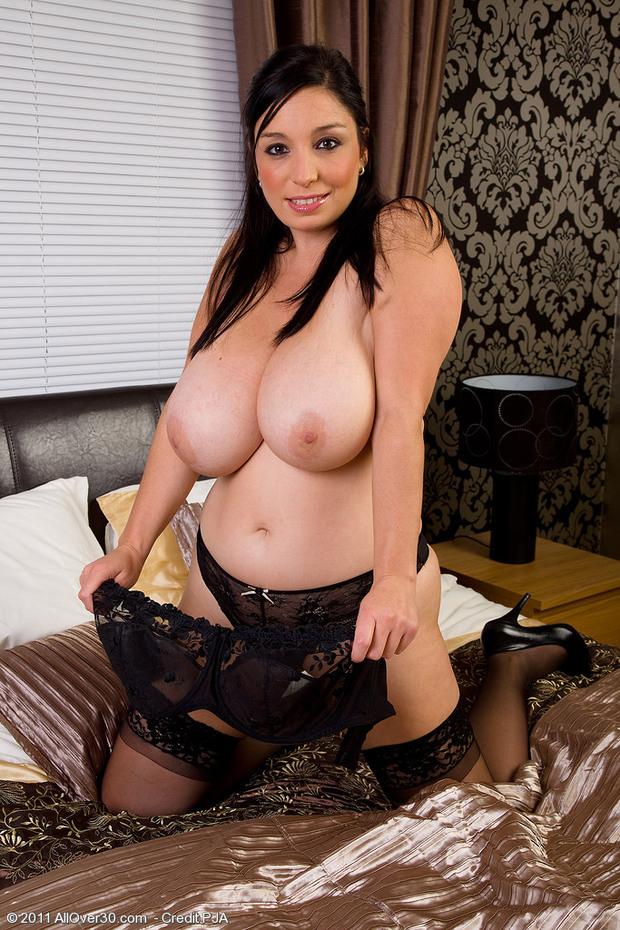 BigBoobs - Michelle Bond - 3 -