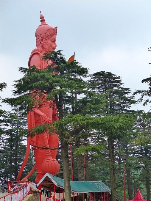 un tem!ple dédié au dieu Hanuman