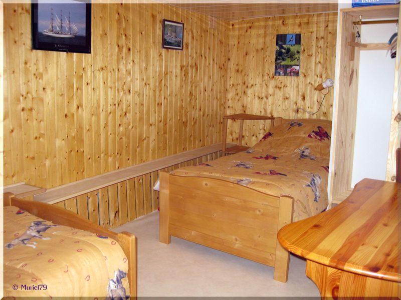 Chambre 2x90 rénovée 2012