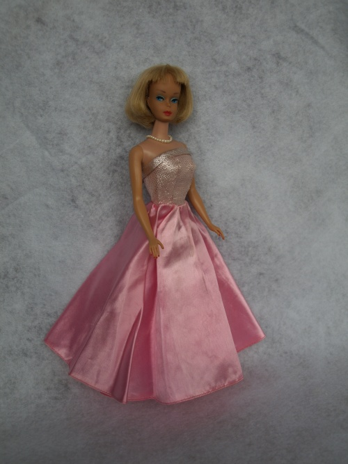 Vintage Barbie : Midnight Blue in Pink