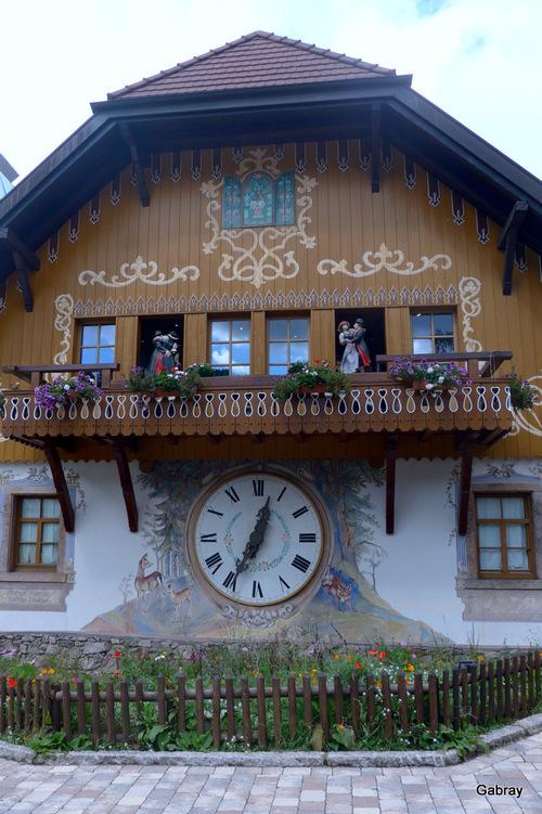 Forêt Noire (Allemagne): auberge à l'horloge
