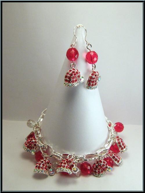 parure bracelet/boucles bonnet de Noël en strass et perle cristal.