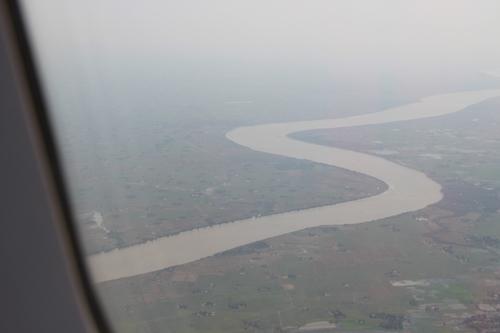 Entre Saïgon et Rangoon, des paysages étranges