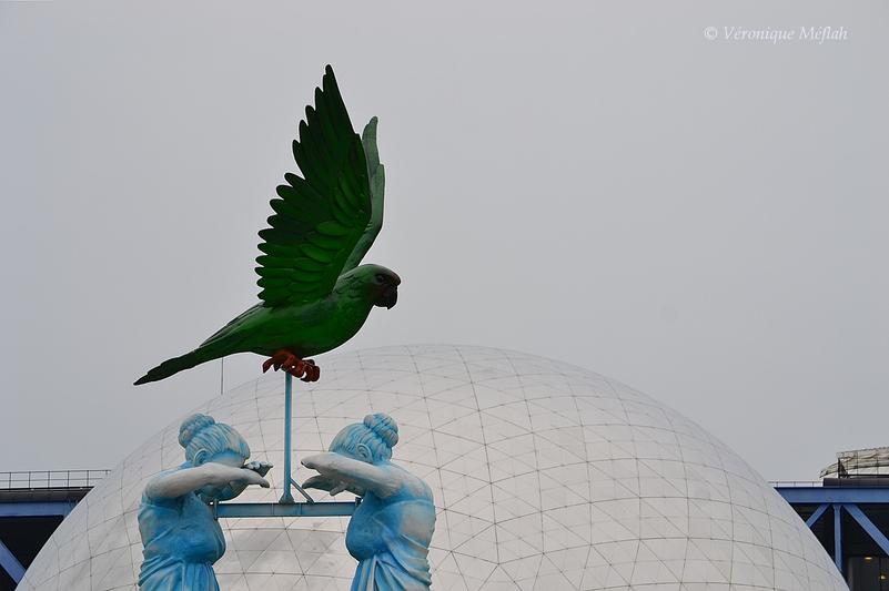 Parc de la Villette, Paris 19ème : Totems du Carnaval de Rio
