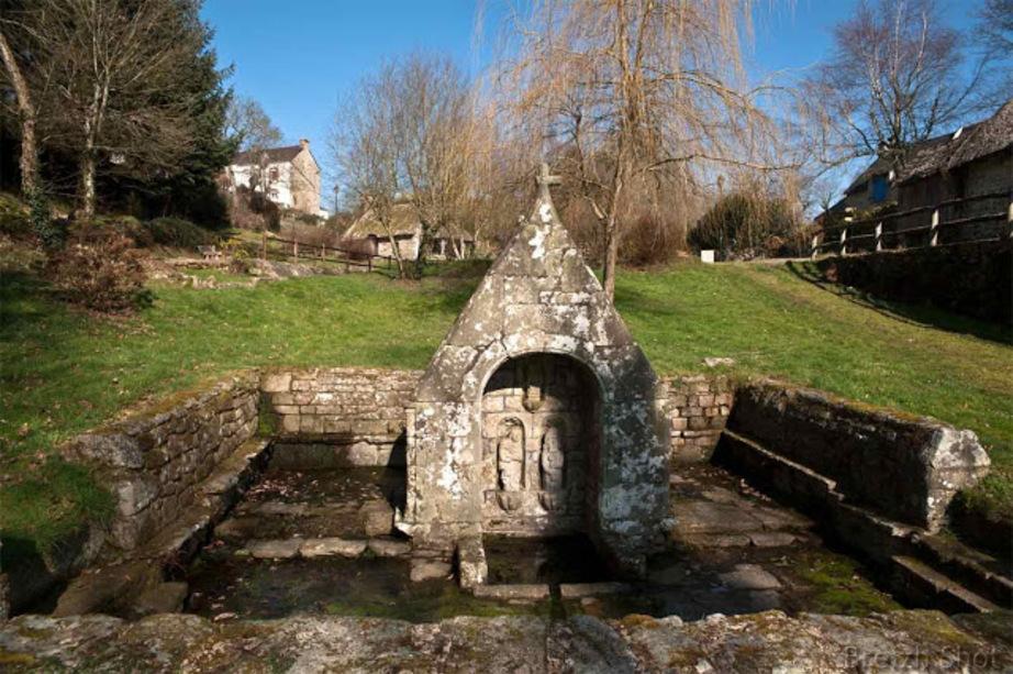 fontaine Saint-Mathurin Quistinic