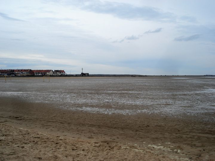La mer au loin !