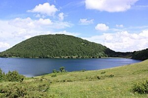 lac-de-montcineyre-nature-paysages--dce521T650
