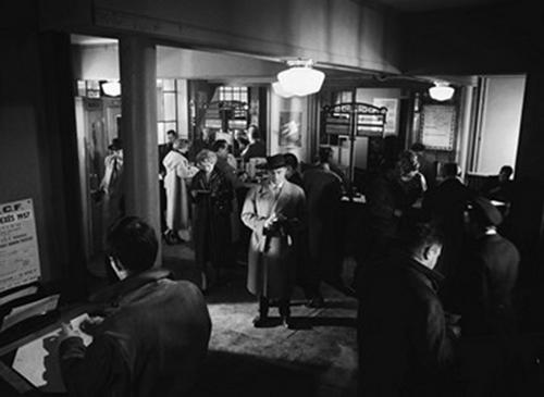 Le dos au mur, Edouard Molinaro, 1958, adapté de Frédéric Dard