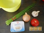 Tartinade au fromage frais, tomate, ciboulette, ail & oignon