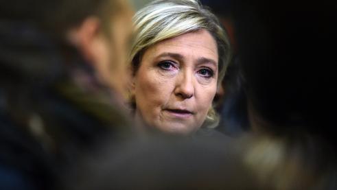 Marine Le Pen a porté plainte contre la directrice de l'organe européen de lutte contre la fraude.