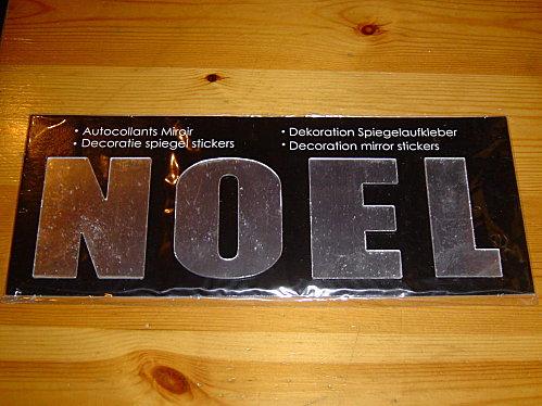02-noel-en-lettes-miroir.jpg