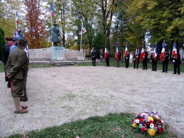 Une cérémonie au Monument aux Morts et une remise de récompenses a clôturé les trois superbes expositions qui ont eu lieu à Châtillon sur Seine