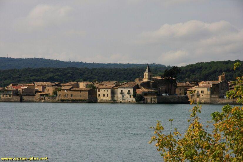 Saint Etienne des Sorts au bord du Rhone (30)