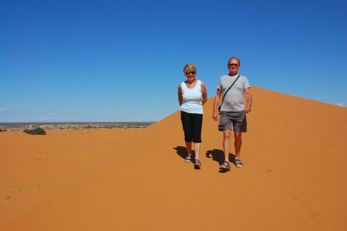 A la cime de la première grande dune. Bravo