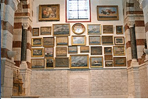 Ex-votos-de-la-chapelle-Saint-Pierre-à-Notre-Dame-de-la-Ga