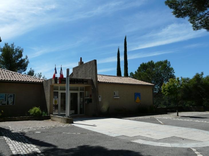 La mairie  Crédit : André Pommiès - Ganagobie