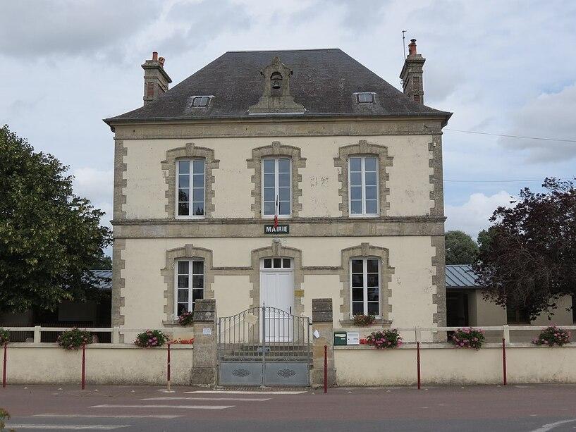 Mairie du Tronquay 14.JPG