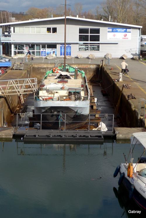 Canal du Midi: port et travaux ...