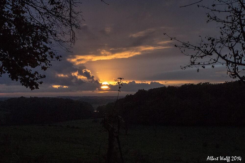 Le soleil se couche...à l'ouest