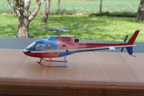 Maquette hélicoptère AS350B Ecureuil F-GCJC au 1/48