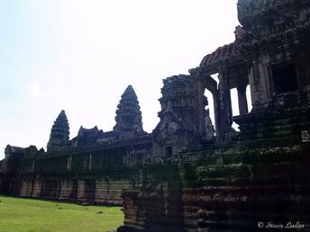 Angkor Wat la face ouest