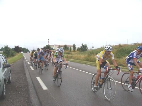 La course cycliste de Sainte Colombe sur Seine