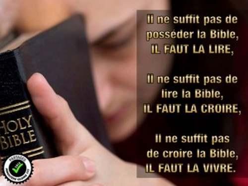 """La pensée du jour : """" Dieu nous a donné la Bible pour nous transformer """""""