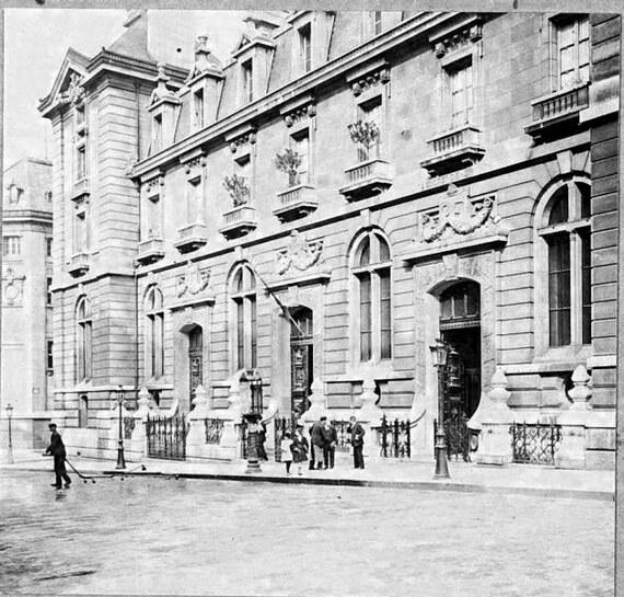 L'entrée de la Faculté de Droit, rue Saint-Jacques, pendant la Grande Guerre (photographie datée juin 1917