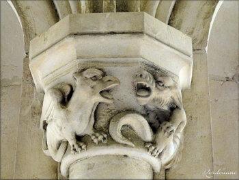 Photos des chapiteaux - galerie couverte -  Château de Brézé