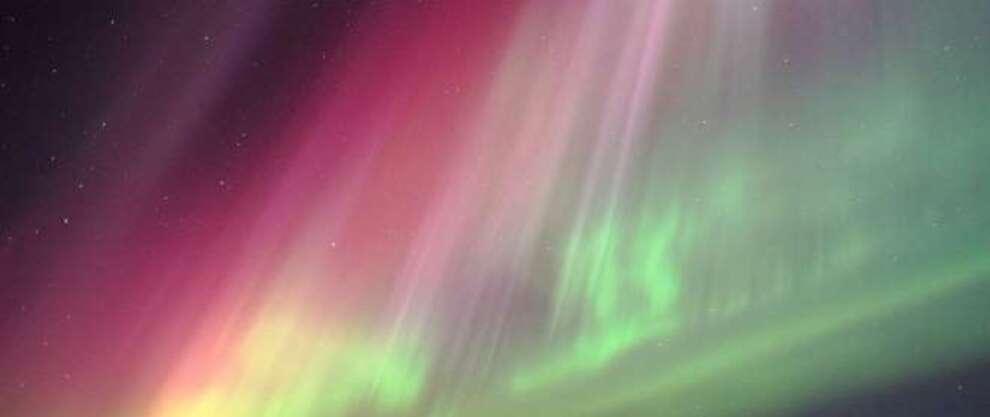 La champ magnétique de la Terre va-t-il bientôt s'inverser et tous nous plonger dans le noir...