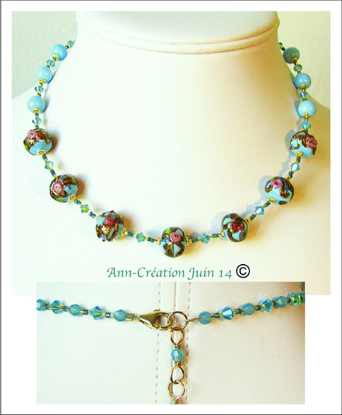 Collier Perles de Venise anciennes Bleu ciel & Or, Fleurs roses / Plaqué Or 14 kt Gold Filled