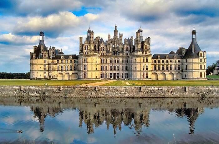 Visite Des Châteaux De La Loire...Par François Silvan...