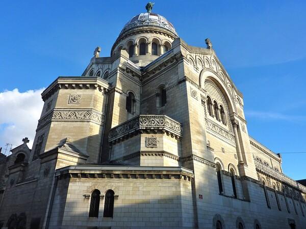 Tours Basilique St Martin