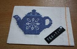 Photo échange autour du thé chez J brod