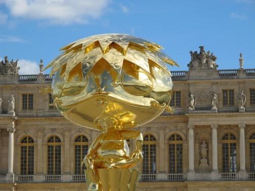 Murakami Versailles Oval Bouddha Gold 2