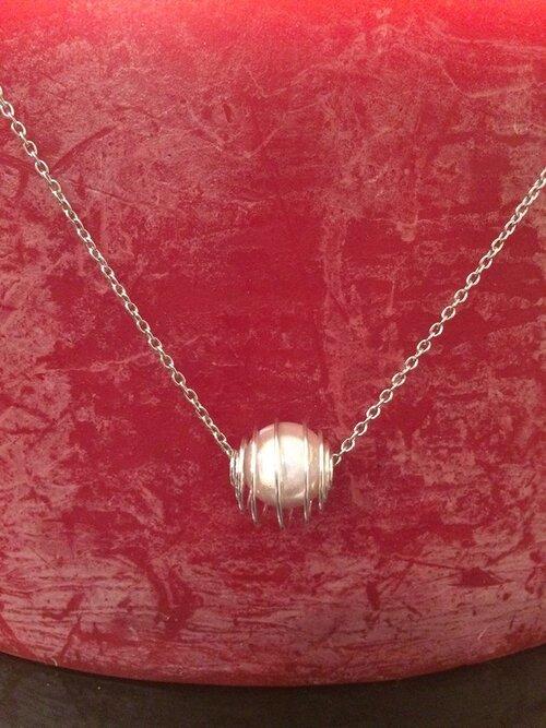 Sautoir perles magique rose