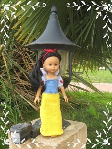 Sandrine (petit monde Alice) - Blanche-Neige