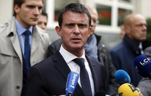 CHANTOUVIVELAVIE : Livre sur Hollande: Valls confie sa «colère» et la «honte» des militants socialistes