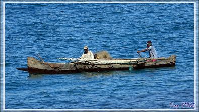 Retour de pêche pour les pirogues - Nosy Be - Madagascar