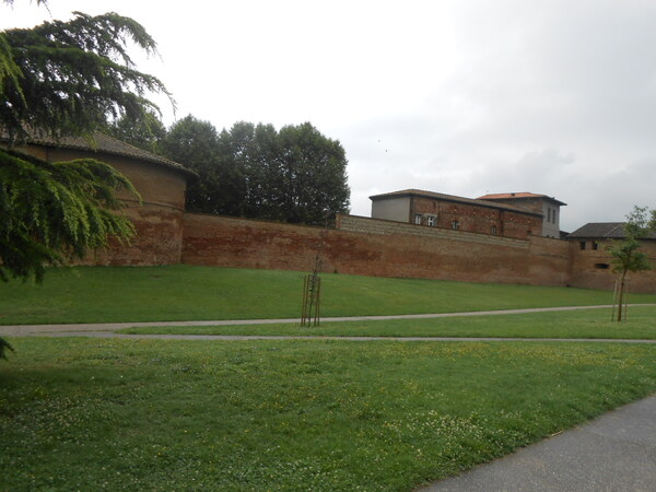 Parc Raymond IV