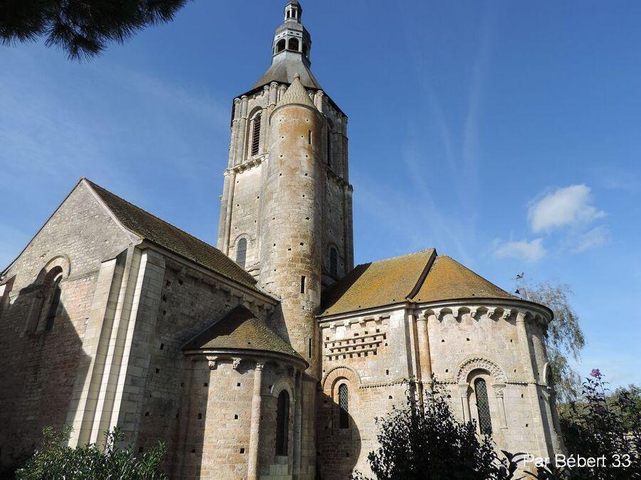 L'église Saint Nicolas de Civray dept 86