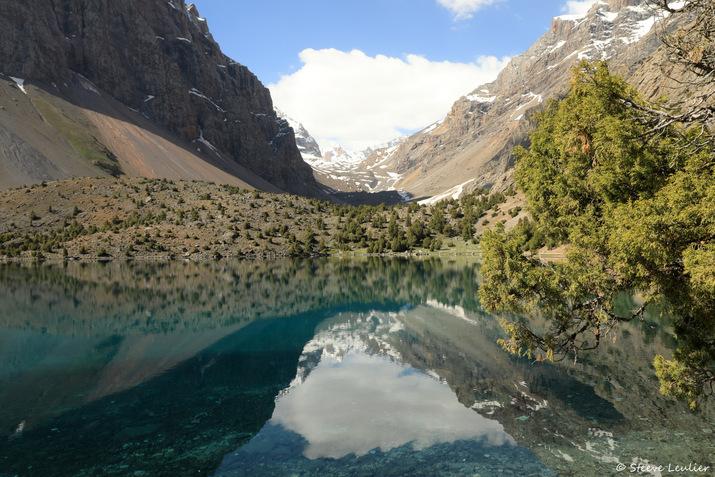 Le lac Alaoudin, Tadjikistan