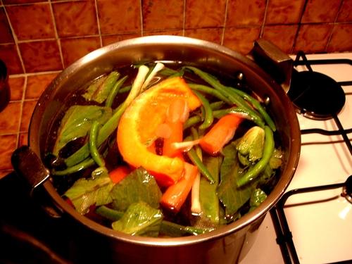 Une bonne soupe de légumes du Jardin toute simple.