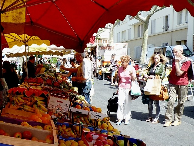 Toulon le maché du Mourillon 5 Marc de Metz 2012