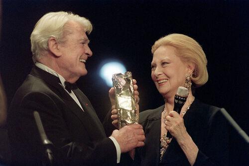 Michèle Morgan - 1992 : César d'honneur pour l'ensemble de sa carrière