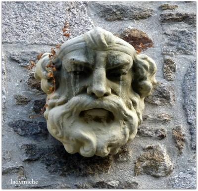 DINAN ville d'Art et d'Histoire en Bretagne .