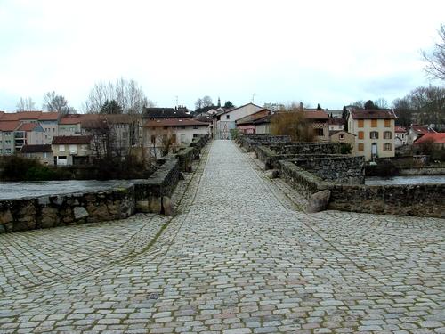 Limousin: Limoges,quartier pont Saint-Martial
