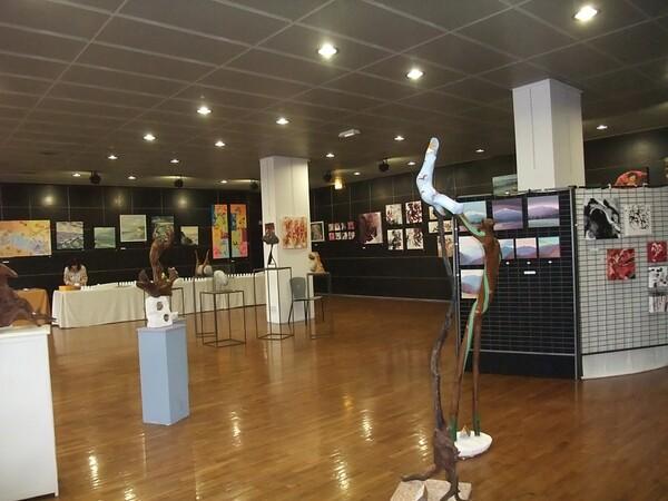 Exposition, douze artistes