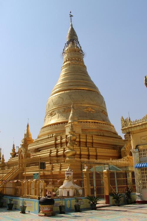Sagaing et la pagode Soon U Ponnya Shin